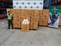 Autoridades decomisan mercancía ilegal en Cali avaluada en más de $26 mil millones de pesos